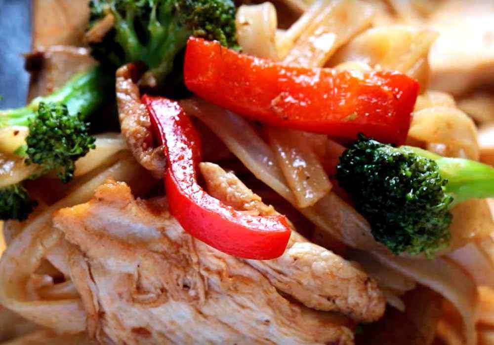 Рисовая лапша с курицей - пошаговый рецепт, фото 1