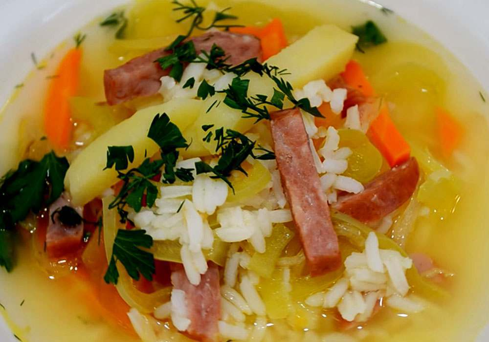 Рисовый суп с колбасой - пошаговый рецепт, фото 1