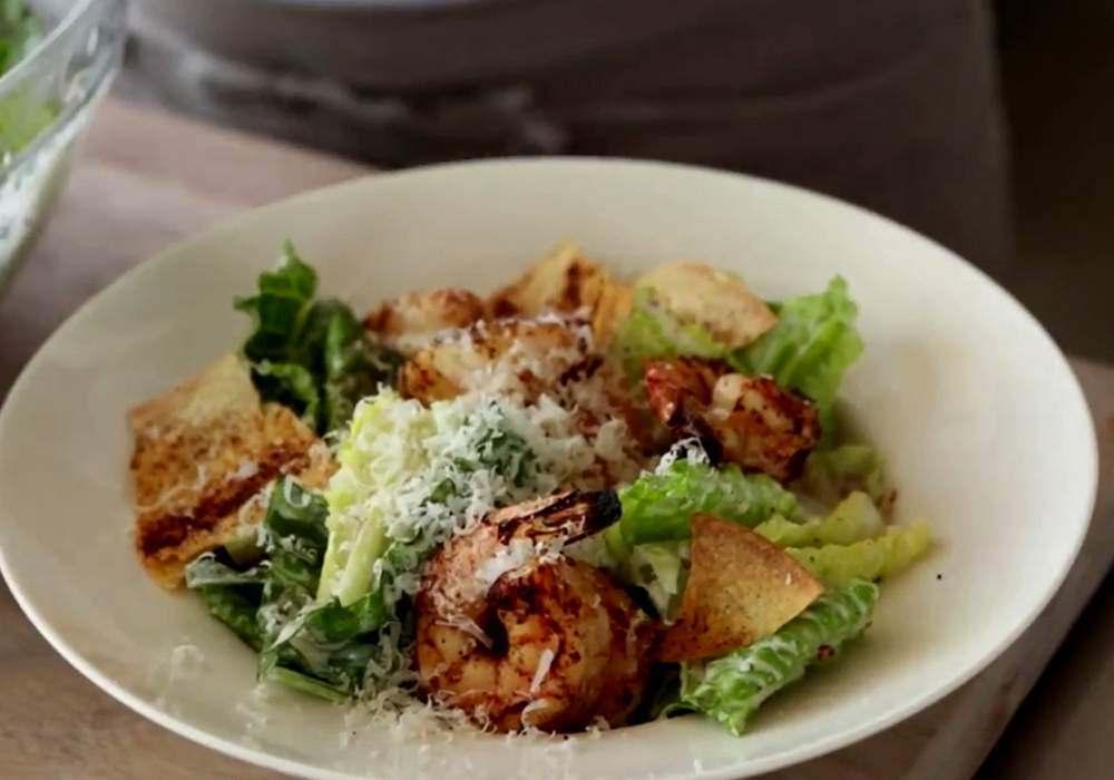 Салат цезарь из морепродуктов - пошаговый рецепт, фото 1