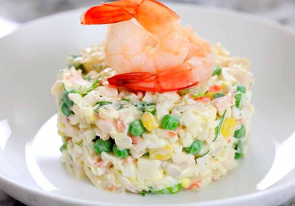 Салат из крабовых палочек с кукурузой без риса - пошаговый рецепт, фото 1