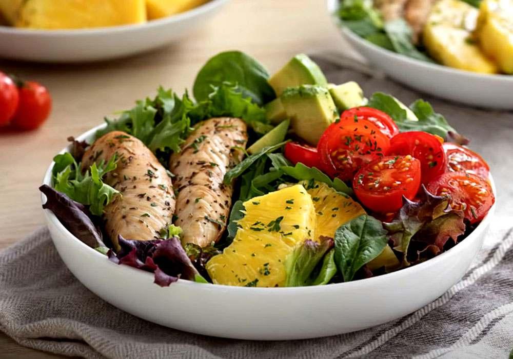 Салат из курицы с ананасами - пошаговый рецепт, фото 1