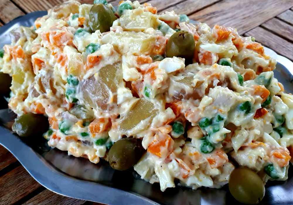 Салат оливье с мясом - пошаговый рецепт, фото 1