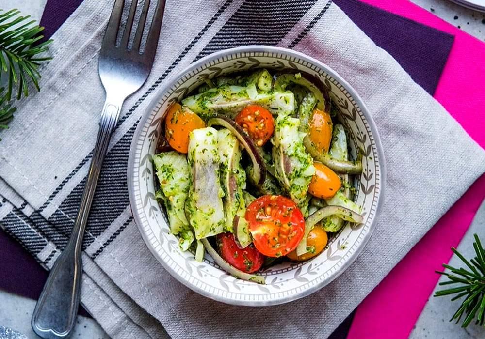 Салат «Сельдь с овощами» - пошаговый рецепт, фото 1