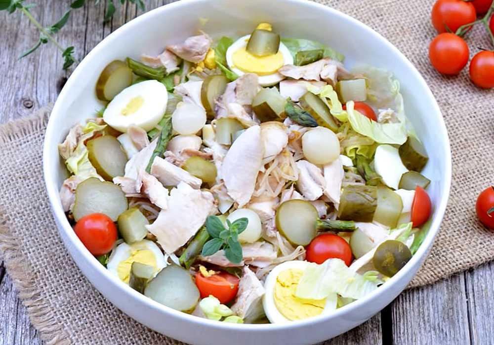 Салат столичний з маринованими огірками - покроковий рецепт, фото 1