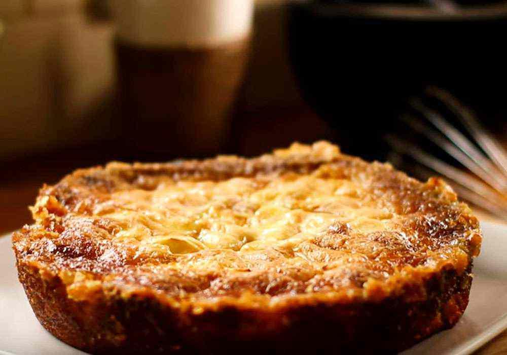 Шарлотка на молоке с яблоками - пошаговый рецепт, фото 1