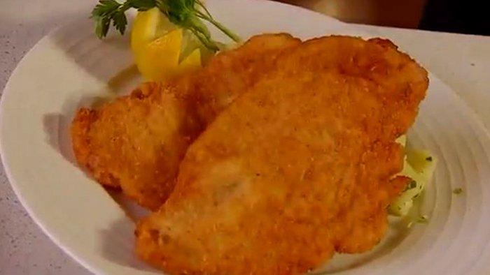 Шницель куриный на сковороде - пошаговый рецепт, фото 1