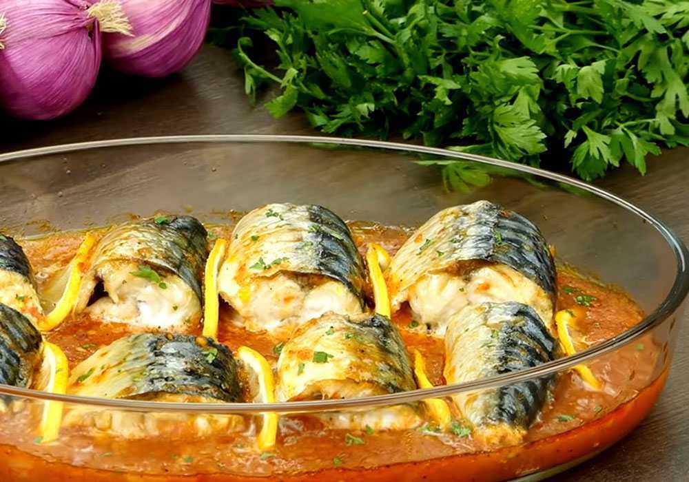 Скумбрія тушкована з овочами - покроковий рецепт, фото 1