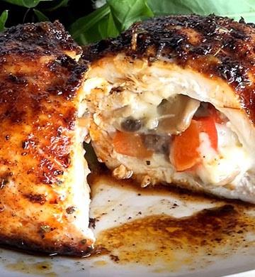 Куриные рулетики по-французски с грибами и сыром - пошаговый рецепт, фото 1