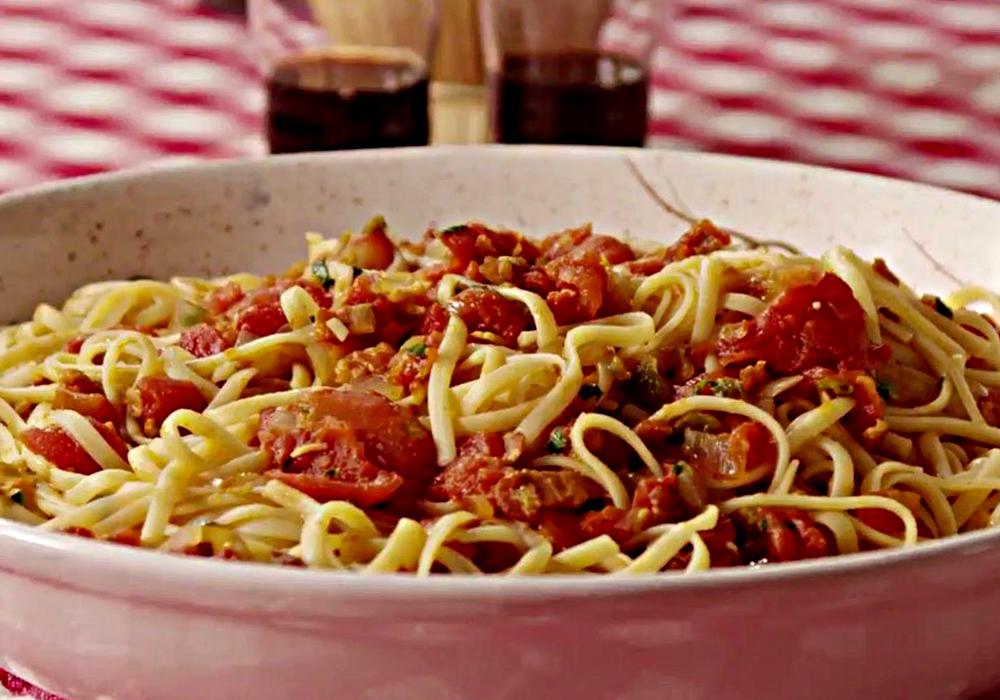 Спагетти с беконом - пошаговый рецепт, фото 1
