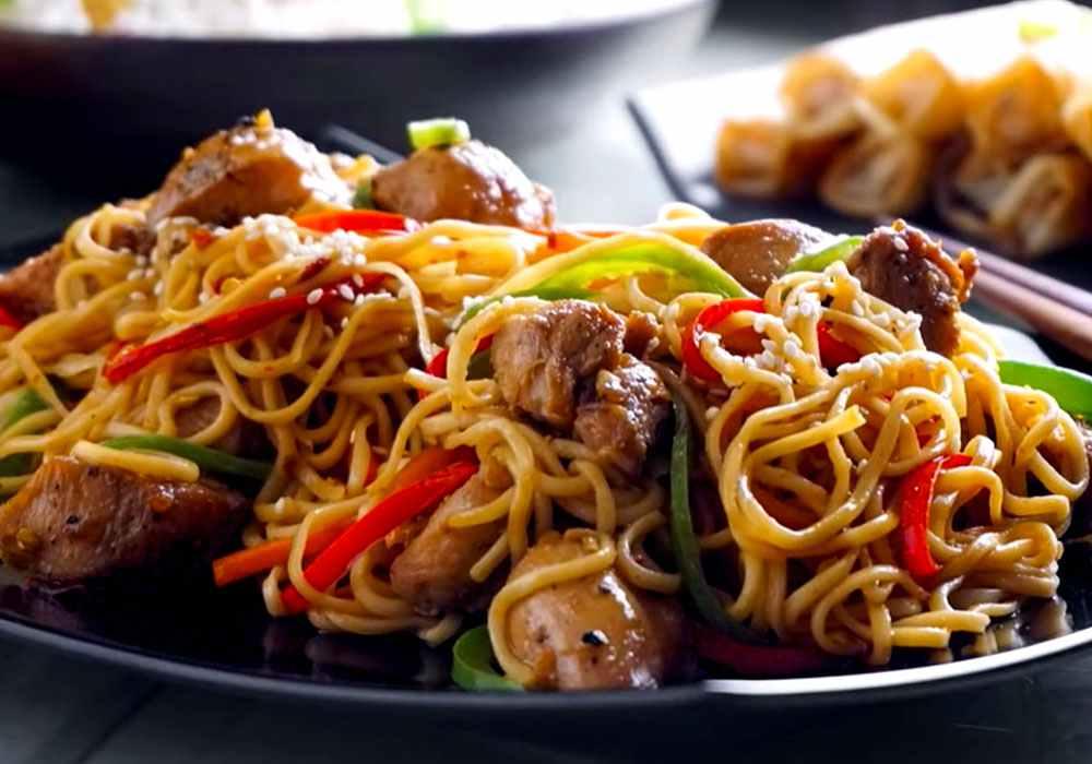 Спагетти с курицей по-китайски - пошаговый рецепт, фото 1