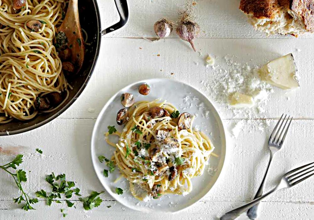 Спагетті з печерицями - покроковий рецепт, фото 1