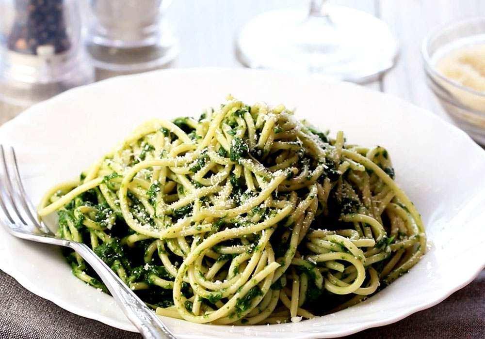 Спагеті зі шпинатом - покроковий рецепт, фото 1