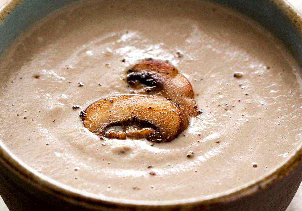 Суп пюре из шампиньонов со сливками - пошаговый рецепт, фото 1