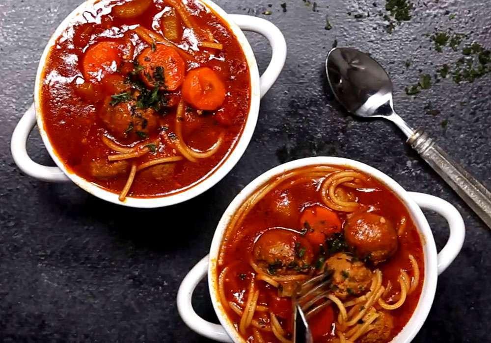 Суп з фрикадельками і вермішеллю з томатною пастою - покроковий рецепт, фото 1