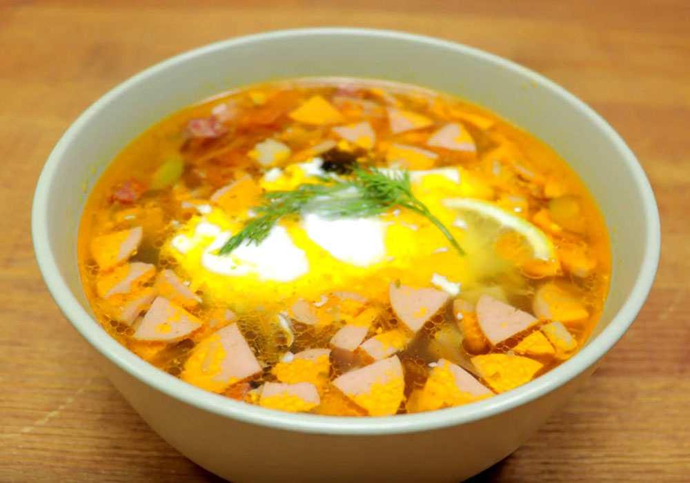 Суп солянка с оливками и колбасой - пошаговый рецепт, фото 1