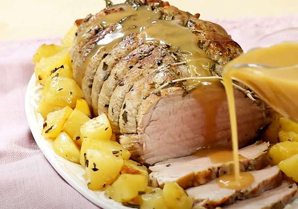 Свинина, запеченная с картофелем - пошаговый рецепт, фото 1