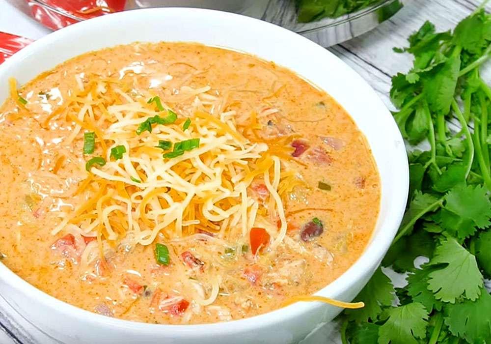 Сирний крем суп з куркою - покроковий рецепт, фото 1