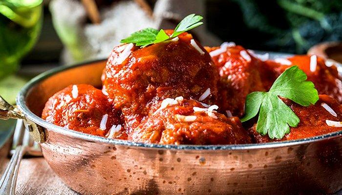 Тефтелі в томатному соусі - покроковий рецепт, фото 1