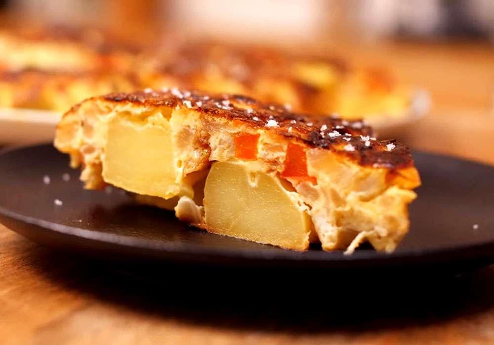 Тортилья (картофельная запеканка по-испански) - пошаговый рецепт, фото 1