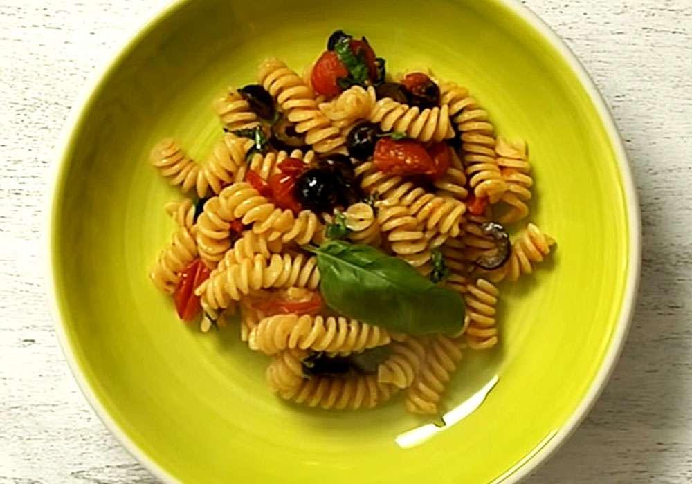 Вермишель c оливками - пошаговый рецепт, фото 1
