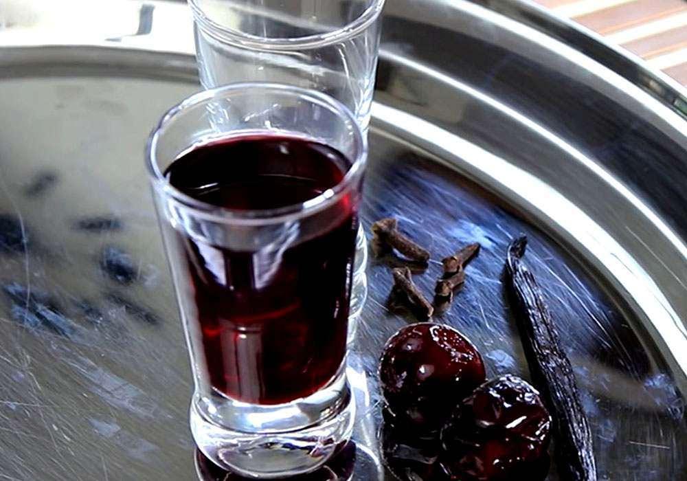 Вишневая наливка на водке - пошаговый рецепт, фото 1