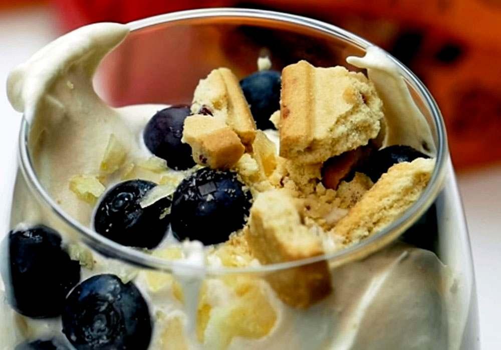 Воздушный десерт с ягодами - пошаговый рецепт, фото 1
