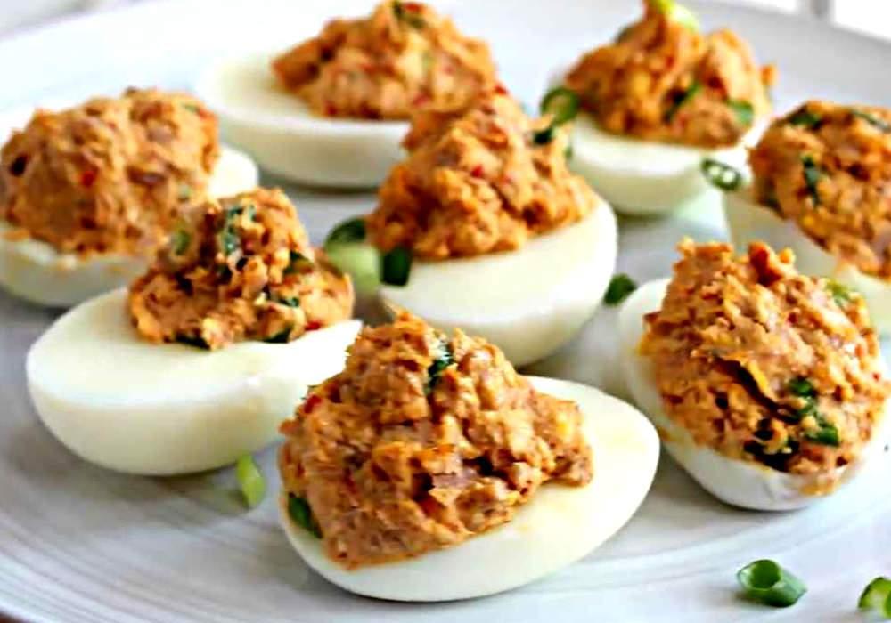 Яйца фаршированные тунцом - пошаговый рецепт, фото 1