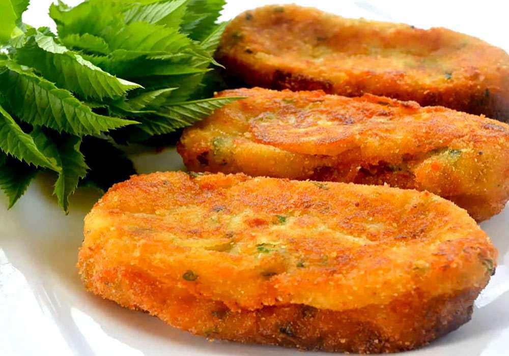 Зразы картофельные с луком и яйцом - пошаговый рецепт, фото 1